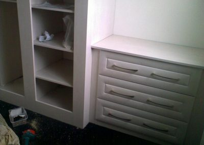 fitted bedroom storage (1)