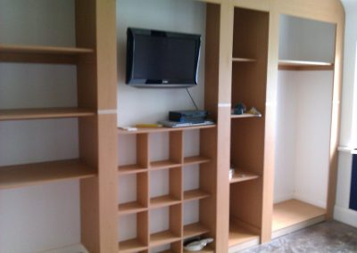 fitted wardrobes with tv compartment (2)